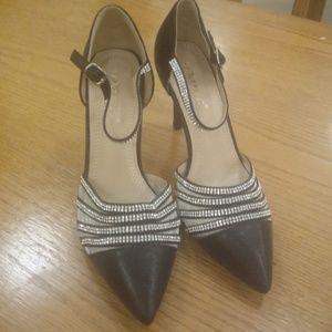 Very Stylish & Sophisticated Heels